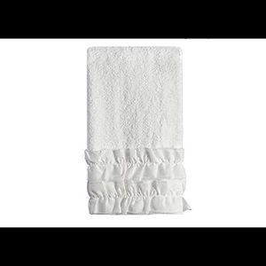 Other - 🌺Beautiful white ruffled Shabby Chic hand Towel🌺